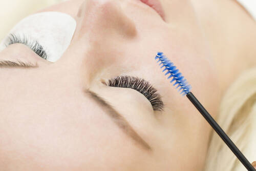 Wimpernkranzverdichtung - Beauty & Fishspa