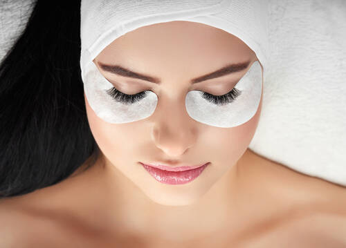 Wimpernlifting + Eyebrowlifting - Beauty & Fishspa